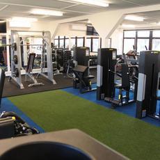 Akadémia Fitnesz - Vilmos Endre Sportcentrum (forrás: Városgazda18)