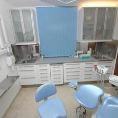 Pheidias Esztétikai Fogászati és Implantológiai Centrum