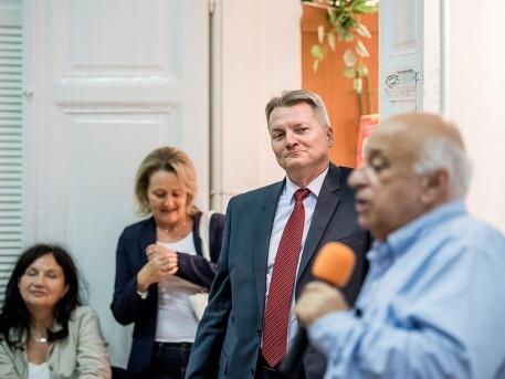 Nógrádi György a polgárok házában (forrás: Bielik István - 24.hu)